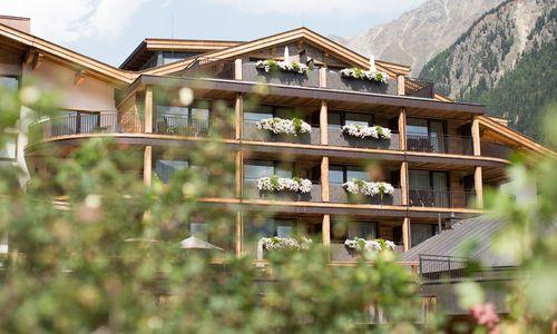 Hotel Tyrolerhof im Sommer